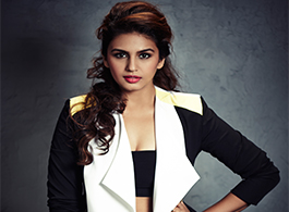 Lisa Ray is a very pretty actress: Huma Qureshi