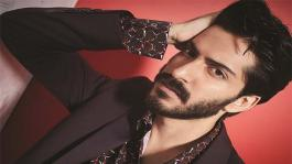 Harshvardhan Kapoor debuts the Paul Smith Fall/Winter '16 collection