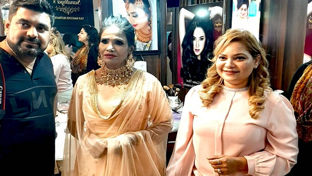 Social media sensational singer Ranu Mandal got a new makeover by Sandhya's makeover in Kanpur