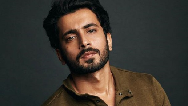 Whats keeping Sunny Singh up till late at night? Find out now!