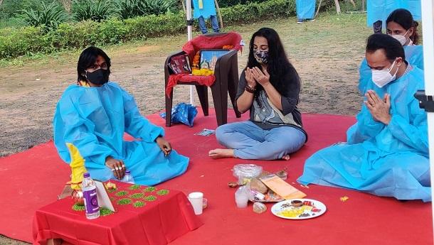 Vidya Balan resumes shoot for Sherni in Madhya Pradesh