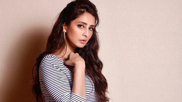 Chahatt Khanna goes on keto diet for an untitled project