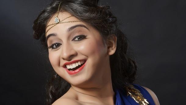 "After Manikarnika's ""Dankila"", singer now renders Thalaivii's ""Tere Aankhon Mein"""