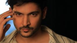 Actor Shivin Narang had one million followers on Instagram!